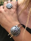 <b>LES PÉTILLANTES</b><br /><b>BRACELET CAPSULE</b><br />Time to drink Champagne and dance<br />